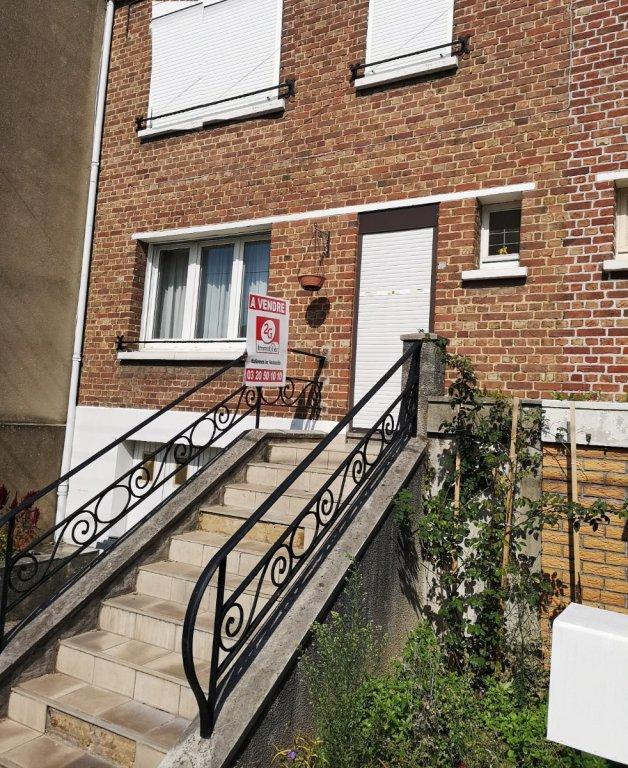 maison hallennes lez haubourdin 90 m2 vendu immobilier hallennes lez haubourdin agence. Black Bedroom Furniture Sets. Home Design Ideas
