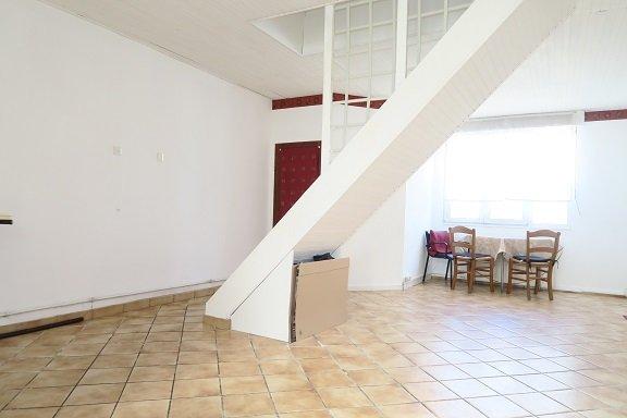MAISON - HALLENNES LEZ HAUBOURDIN - 103 m2 - 168000 €